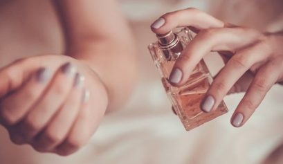 How to apply fragrance