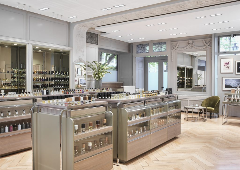 Spitzenhaus perfume shop Zurich, Switzerland • Scentertainer
